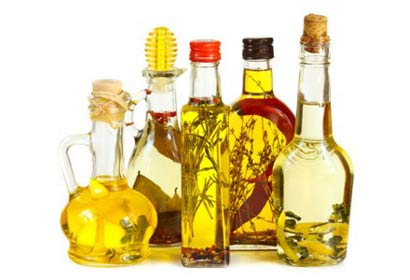 Five herbal oils to prevent hair loss